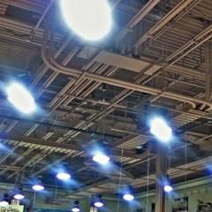 Illuminazione negozio: come valorizzare i prodotti con la giusta luce