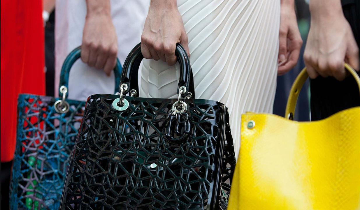 Dior Primavera Estate 2014 - particolare backstage [fonte: dior.com]