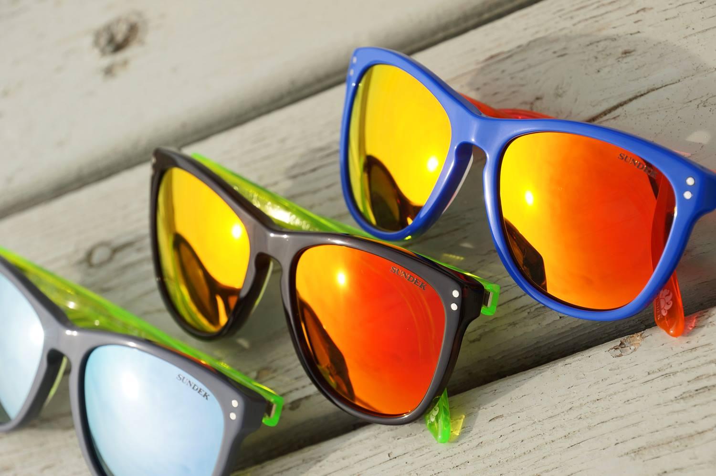 Costumi Sundek 2014 - occhiali da sole [fonte facebook]