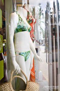 vetrine mare - costumi in vetrina
