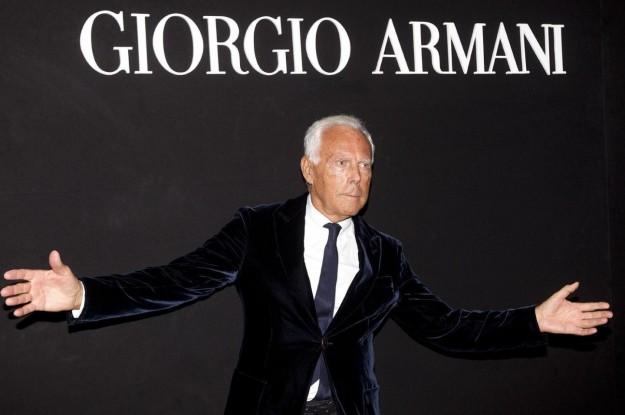 da22729e2c5 Giorgio Armani Biografia  da vetrinista a re della moda