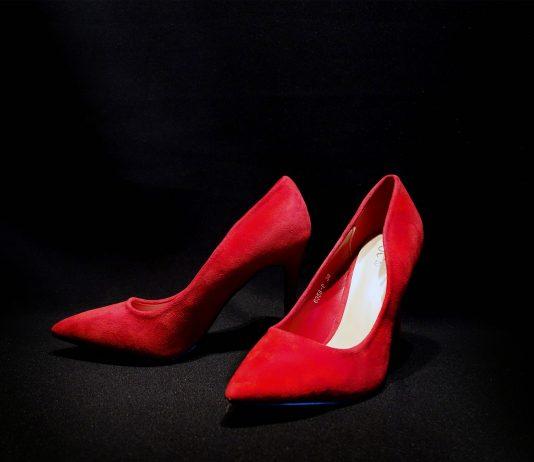 visual merchandising negozio calzature