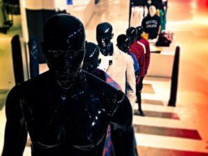 Come allestire vetrine abbigliamento uomo
